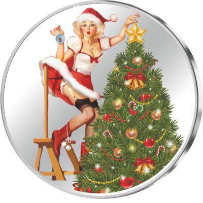 // színezüst érem, Kis karácsony, nagy karácsony, színezüst érem, 999-es színezüst, ,  // Télapó annyira elfoglalt, hogy elküldte gyönyörű szép helyettesét karácsonyfát díszíteni. Nem bánjuk ezt túlzottan, titkon örülünk is egy icipicit. Talán sohasem vol